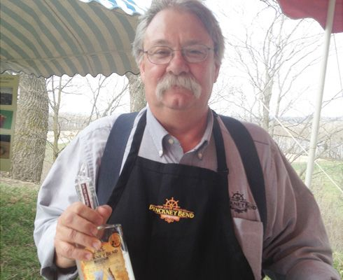 Local distiller Pinckney Bend in New Haven, MO wins big at 2014 international spirits competition http://ow.ly/zvXGS