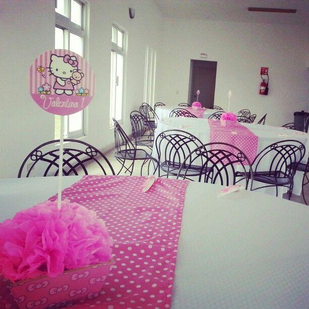 fiesta infantil Hello Kitty, centros de mesa Candy Station