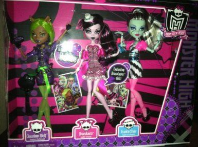 Amazon.com: Monster High Dawn of the Dance Action Figure Doll 3Pack Clawdeen Wolf, Draculaura Frankie Stein: Toys & Games
