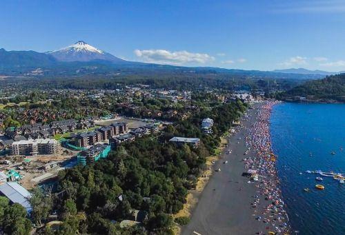 Volcano Villarrica in Pucon Chile [2642  1386] [OC] Original...