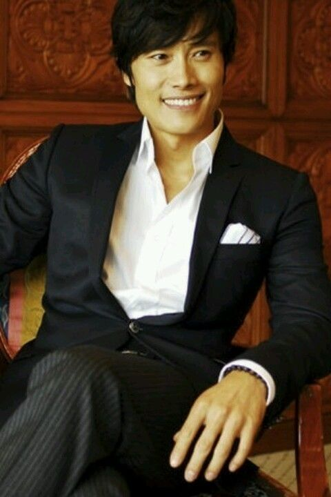 Byung-Hun Lee. Just saw him in Red 2. | He is too FLY ...