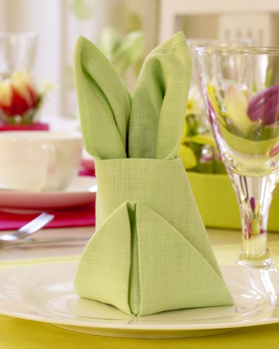 Osterhasen Aus Servietten Falten servietten falten zu ostern häschen und co osterhasen falten