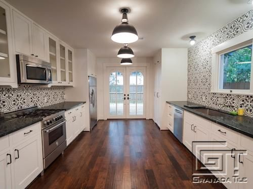Cluny cement tiles bring character to a houston bungalow 39 s for Cement tile backsplash
