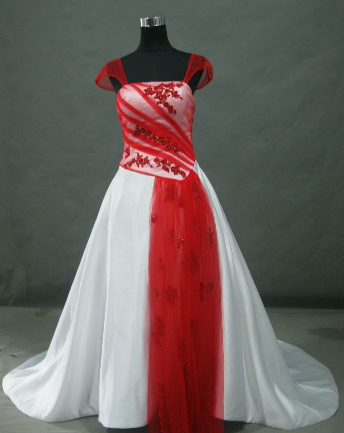 red and black wedding gowns | Red and White Wedding dress | Weddings ...
