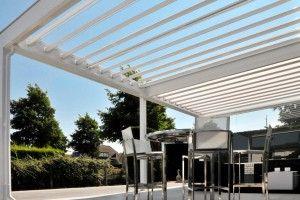 Dank Lamellendach Terrasse Und Balkon Bei Sonne Und Regen Geniessen