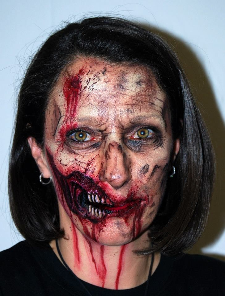 Zombie Face Painting With Exposed Teeth Wolfe Brothers Easy Halloween Face Painting Face Painting Halloween Zombie Face Paint