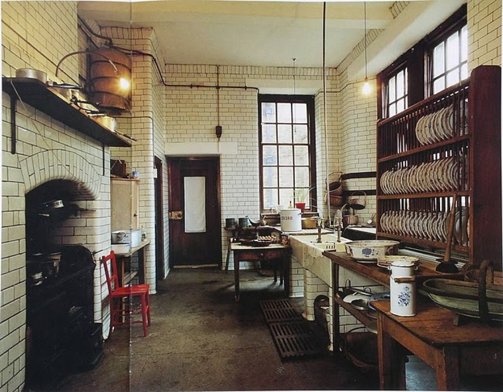 Victorian Home Decor Kitchen Interiors