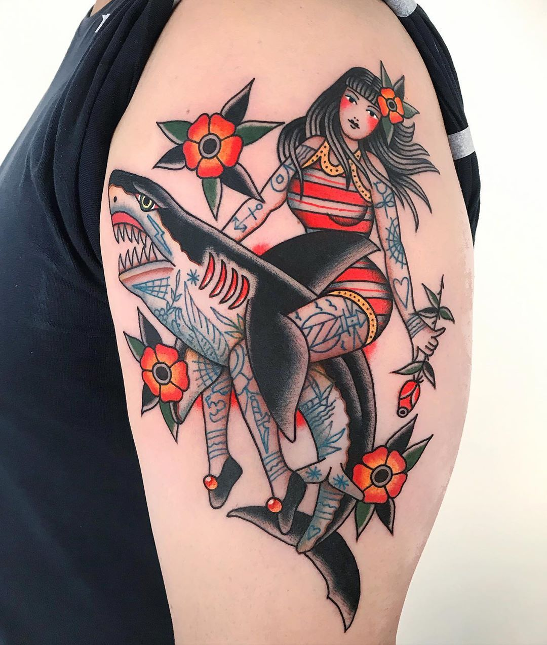 5 817 Likes 24 Comments Dani Queipo Daniqueipo On Instagram London Traditionaltattoo Tattoo Eastlondon Sangbleutattoolondon In 2020 Tattoos
