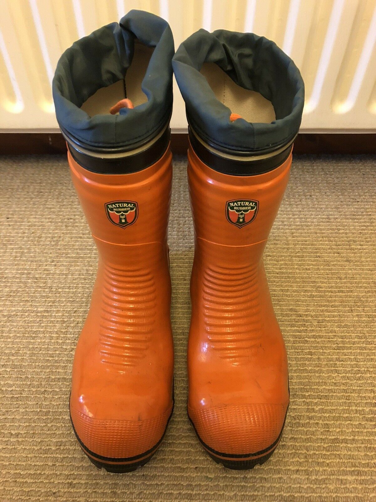 Chainsaw boots size 8 boots safety boots wellies
