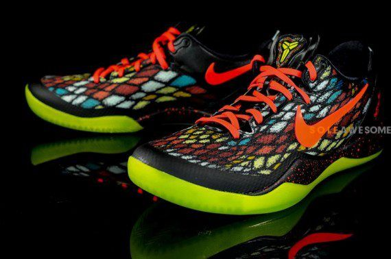 low priced 29491 99442 Christmas Kobe 8 s These colors are ridiculous!! SOLE AWESOME - Nike ...