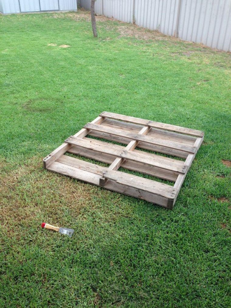 fabriquer une table de jardin en bois fabriquer salon de jardin en palette de bois et table basse diy