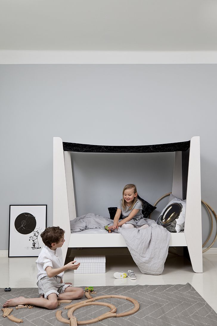 Elegant canopy bed that can turn it into a loft or bunk bed. What a clever and unique solution!  http://petitandsmall.com/lumokids-furniture-scandinavian-chic/