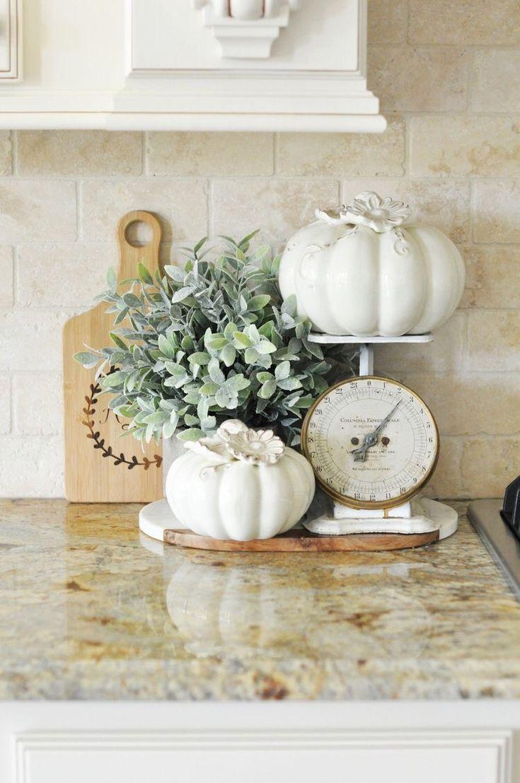 21 Elegant Kitchen Decor Ideas for Fall - Captain Decor