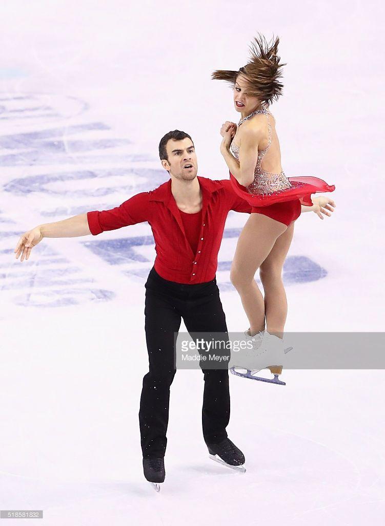 News Photo : Meagan Duhamel and Eric Radford of Canada skate...