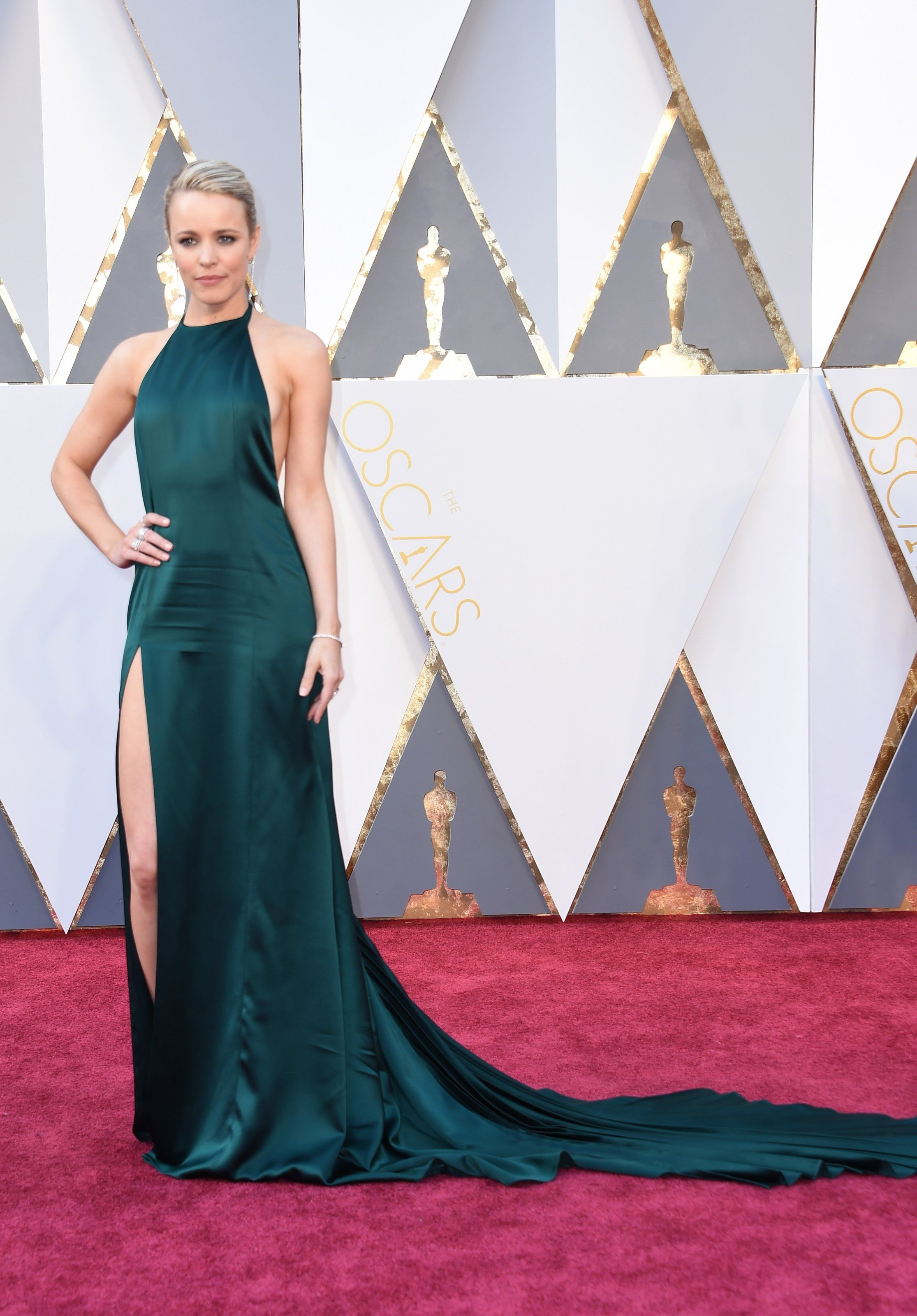 Oscars red carpet rachel mcadams in august getty atelier chic