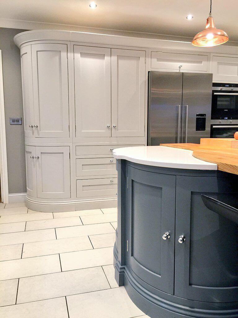 The Georgian Shaker Handmade Kitchen From Blackstone Kitchens Kitchendesign Shaker Style Kitchens Kitchen Interior Home