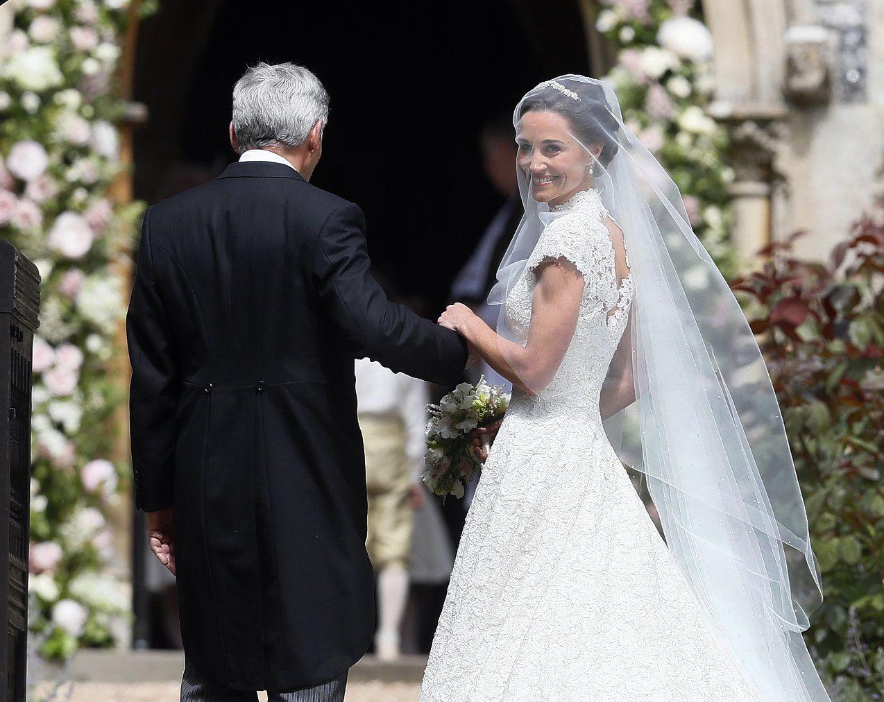Pippa middleton wedding dress the bride wore giles deaconuplus what