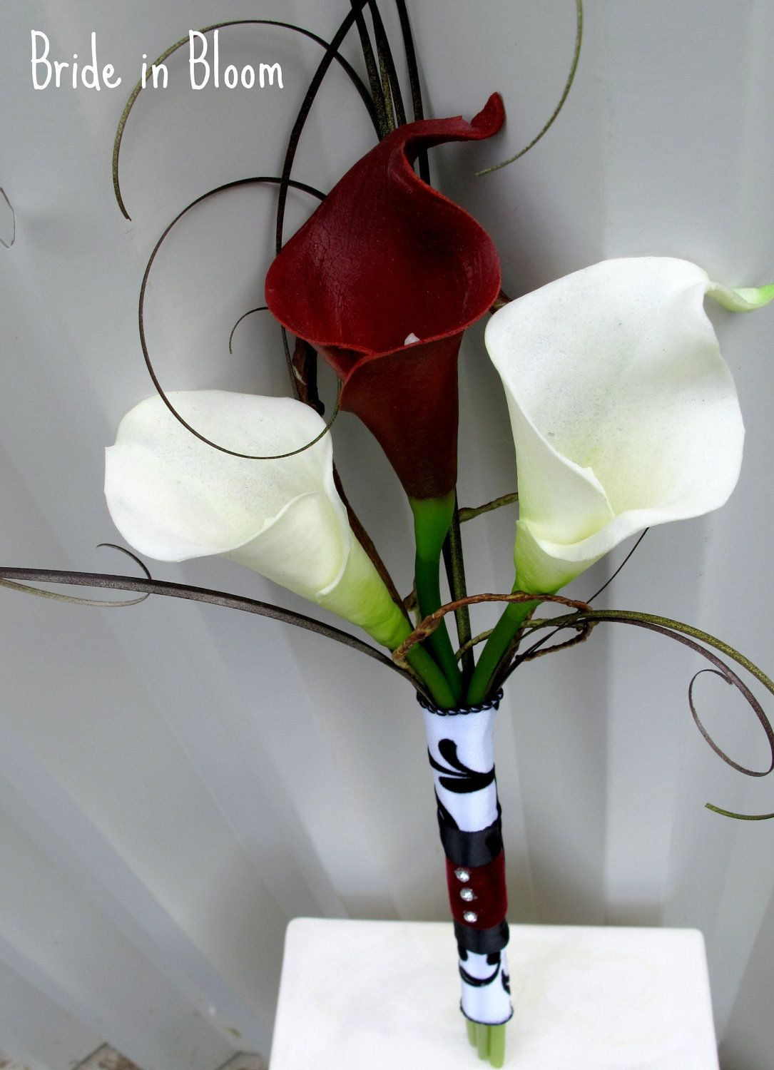 Wedding decoration ideas red and white  Bridal bouquet real touch red white calla lily Bridesmaid bouquet