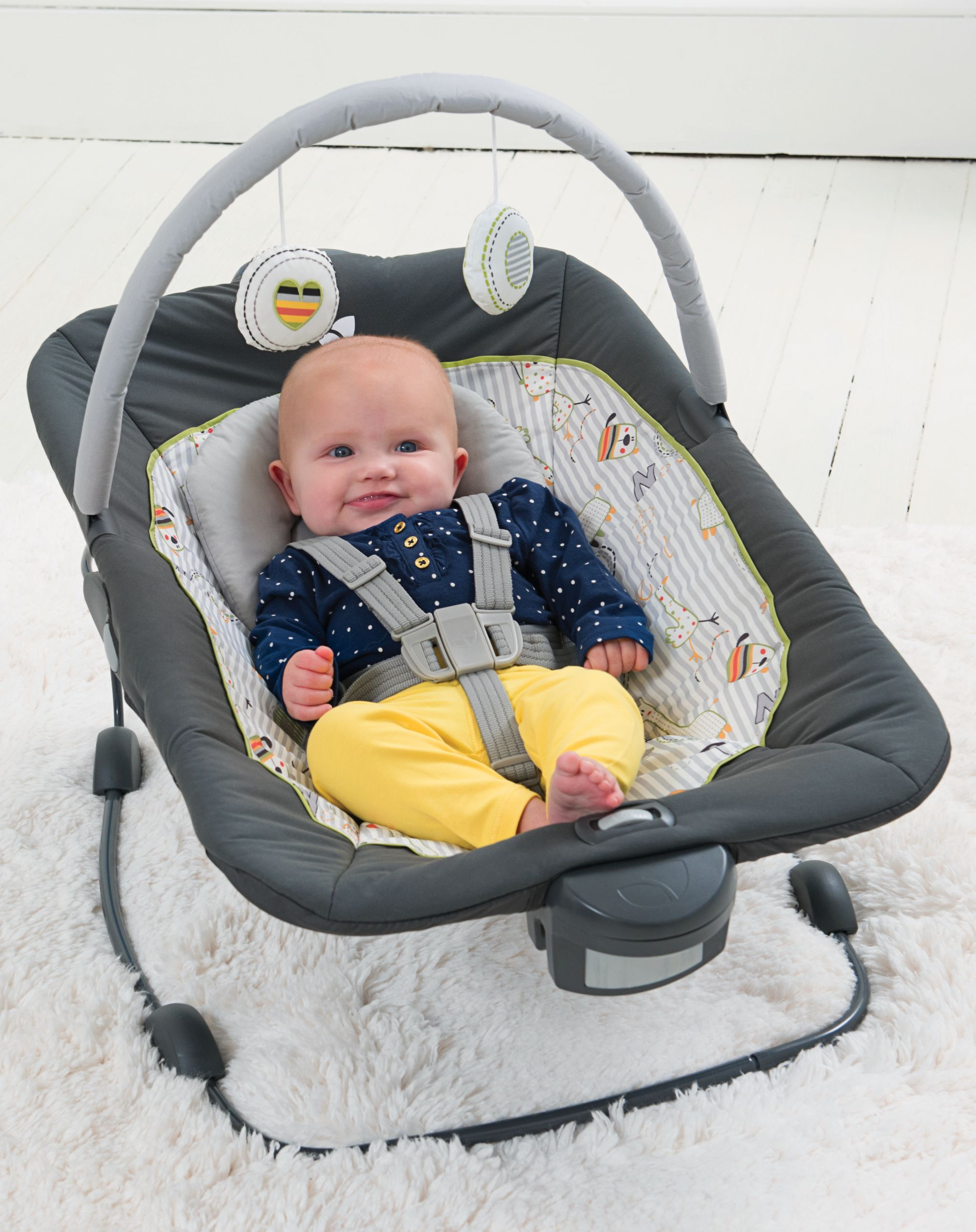 Joie CustomClick Bouncer Traveling with baby