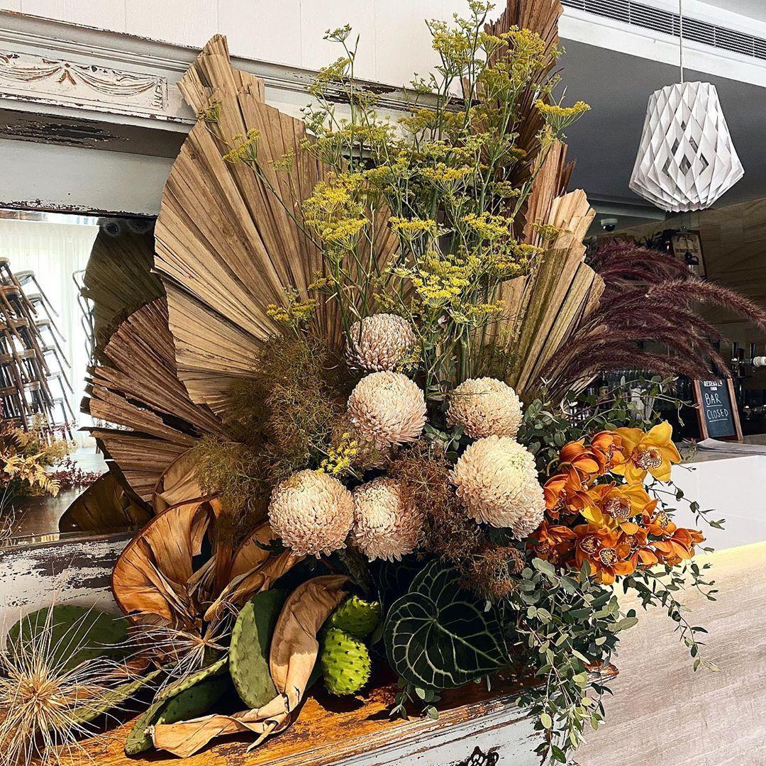 Ipsen botanicasydney florist on instagram country