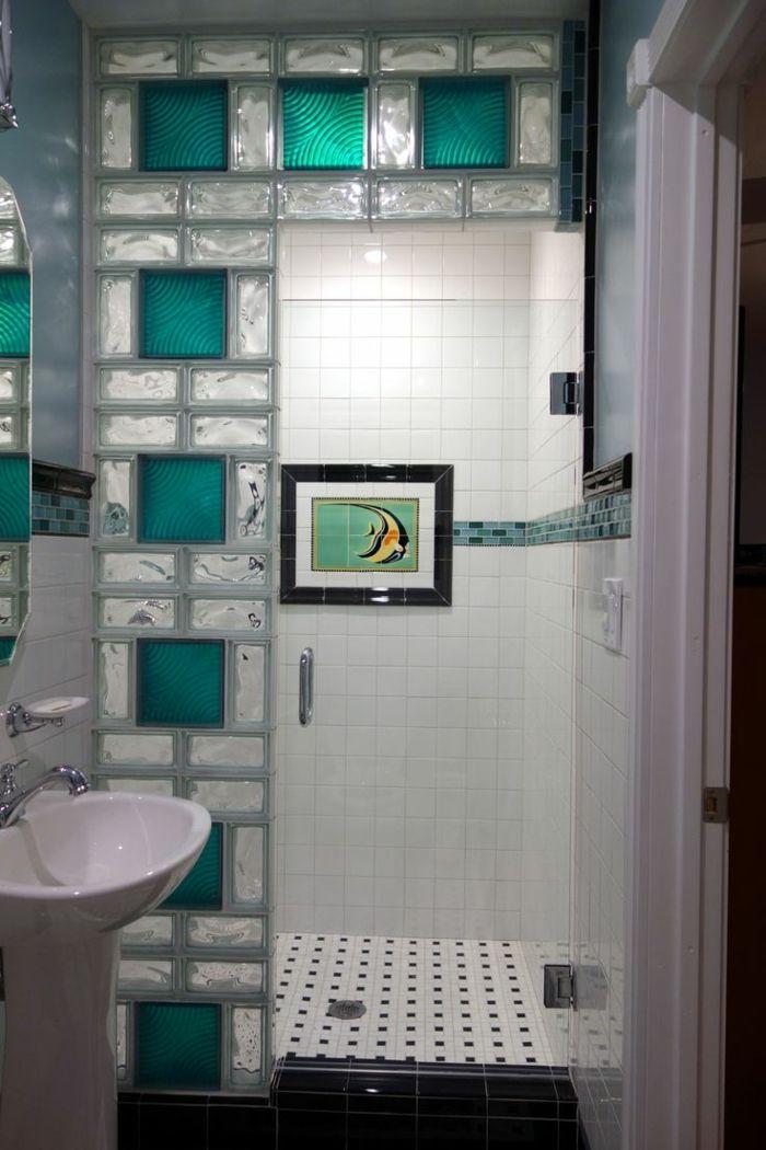 mettons des briques de verre dans la salle de bains salle de bain pinterest salle de bain. Black Bedroom Furniture Sets. Home Design Ideas