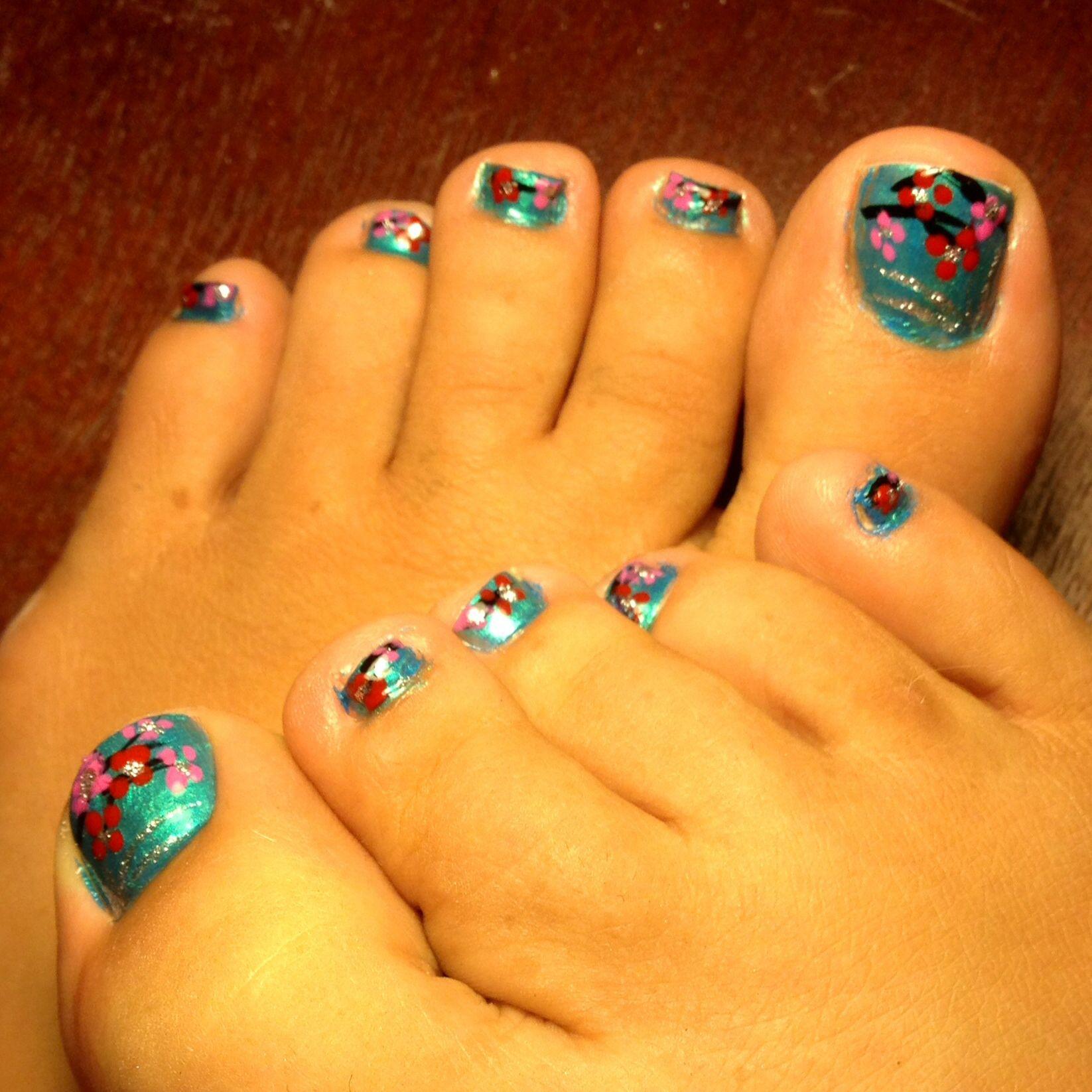 diy pedicure toe nail art. beauty