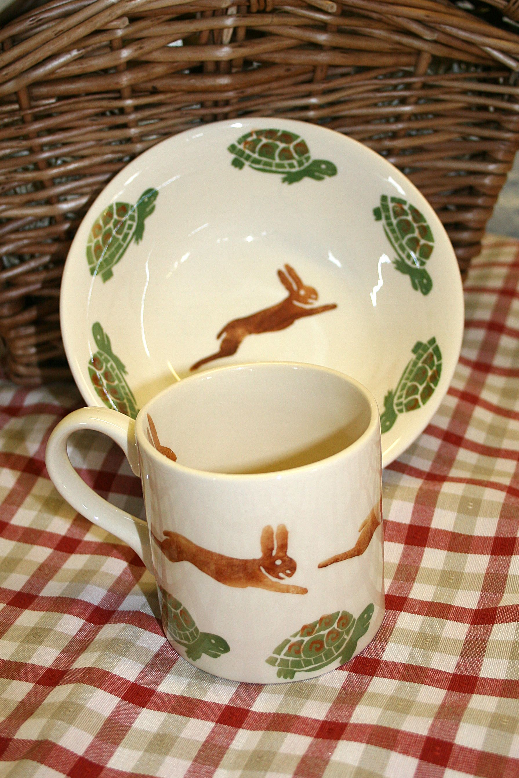 Childrens Set Of Hare And Tortoise Www Peregrinepottery Co Uk Childrens Dishes Beautiful Bowls Giftware