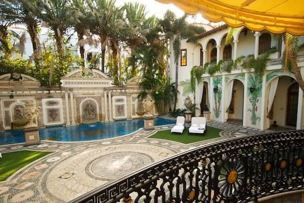 Versace Home Miami villa casuarina ex casa di gianni versace a miami con ristorante