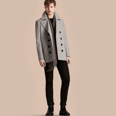 A pea coat introduced in a soft wool-cashmere blend for comfort and cold-weather protection. A smart go-to option for layering, the design has wide lapels designed to be turned up to keep the neck and ears warm. The enduring style is reworked with a check undercollar and martingale at the back.