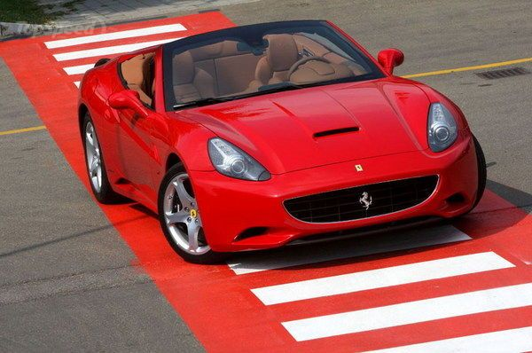 Pin By Nick Adams On Wheels With Images Ferrari California