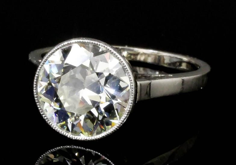 An #Edwardian 15ct white #gold mounted #diamond solitaire, the old cut stone of approximately 1.6ct (gross weight 2.7 grammes - ring size J) http://ukauctioneers.com/auction_catalogue.cfm?d