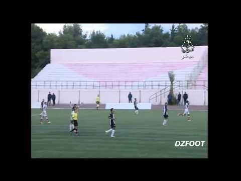 FOOTBALL -  Championnat Ligue 1 (12ème journée : saison 2013/14) CRB AIN FEKROUN 0-1 MC ORAN - http://lefootball.fr/championnat-ligue-1-12eme-journee-saison-201314-crb-ain-fekroun-0-1-mc-oran/
