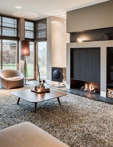 Woonkamer inrichting met luxe open haard   Interieur   Pinterest ...
