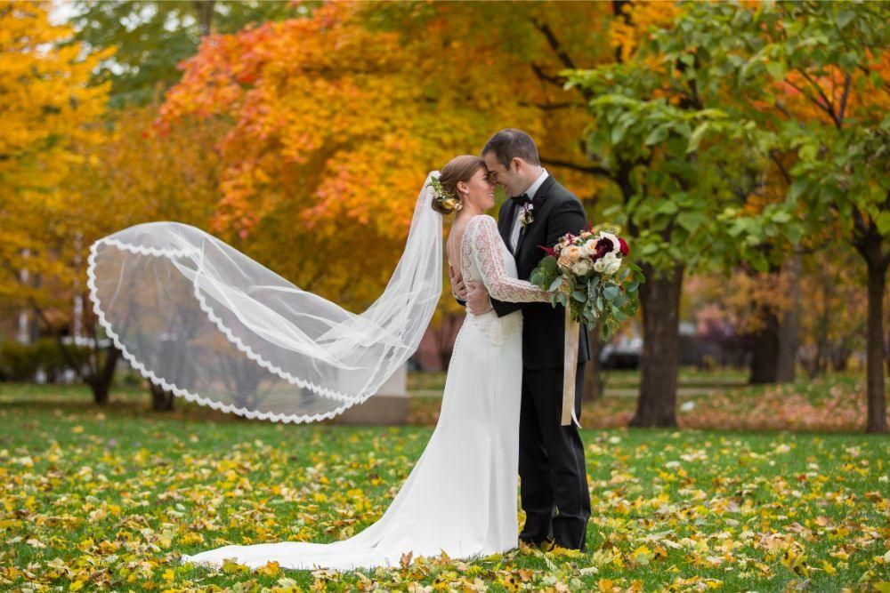 Local Love Tessa Jack At The Carleton Of Oak Park Chicagostyle Weddings Wedding Fall Wedding Chicago Wedding