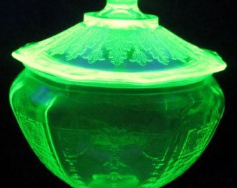 Green DEPRESSION GLASS Candy Jar EAPG Bowl Vintage Dish