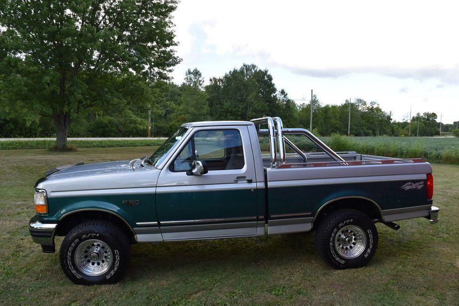 Only $2525 96 Ford F150 4x4 short box, auto, 31k Mi, V8, ... image 1 ...
