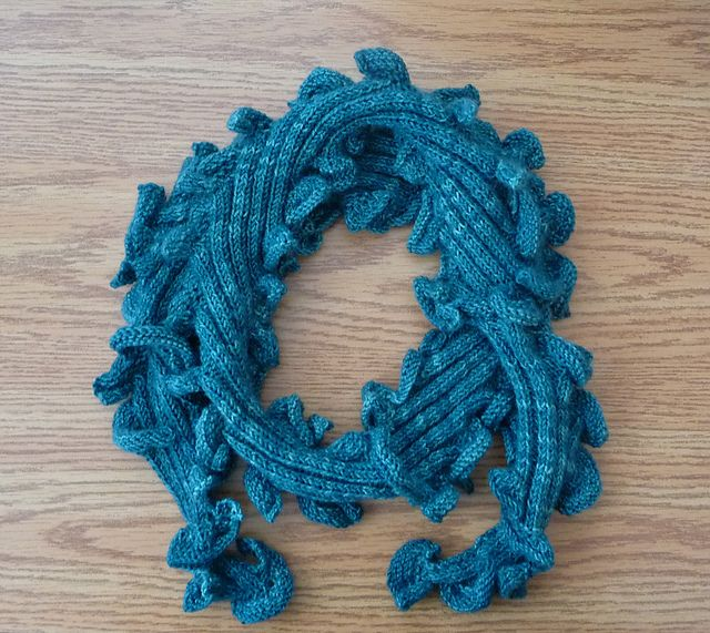 Ravelry: FREE WHIRLY GIG SCARF A Mybootee Boutique Original pattern ...
