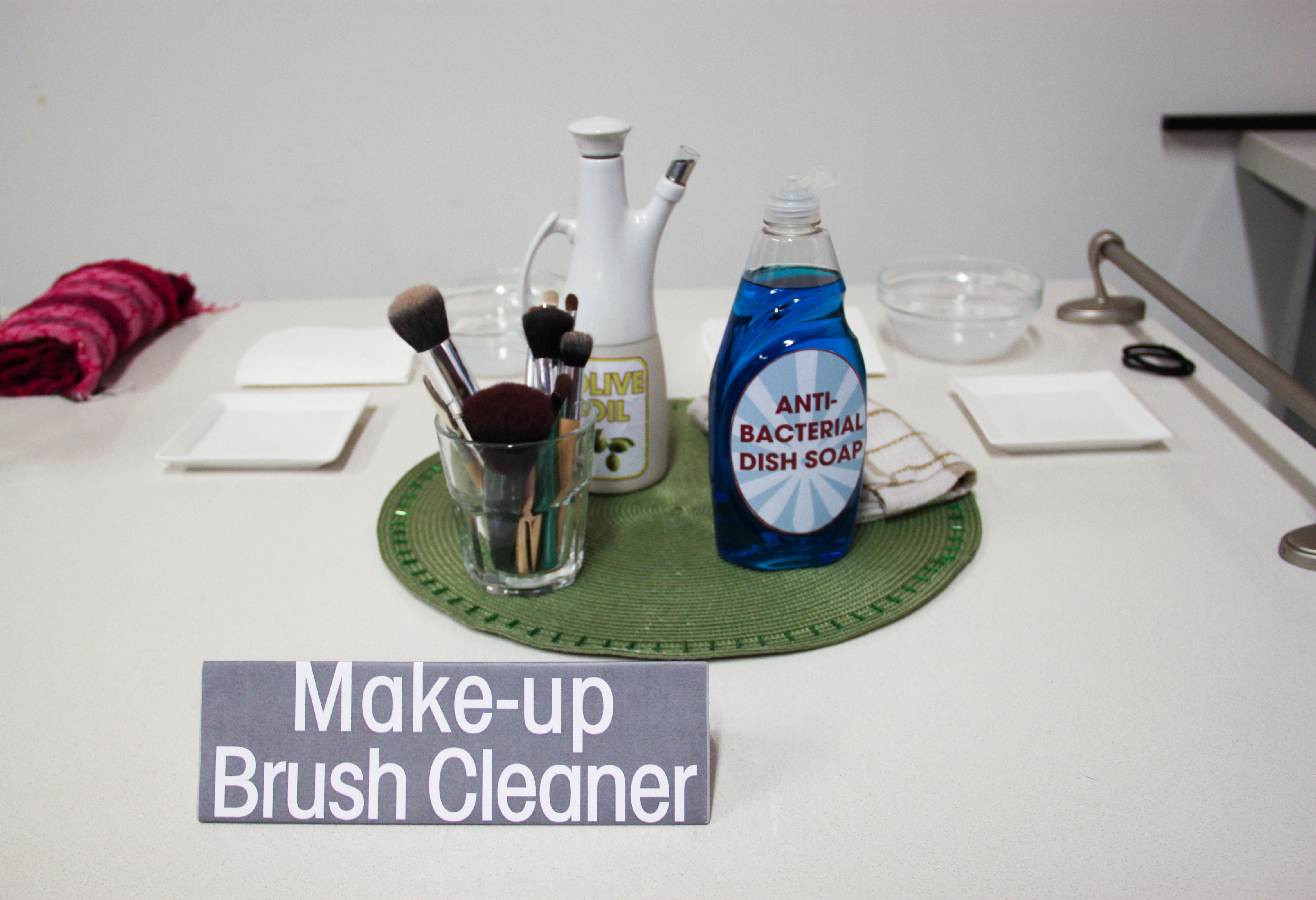 DIY BRUSH CLEANER 1/2 T. olive oil, 1 T. antibacterial