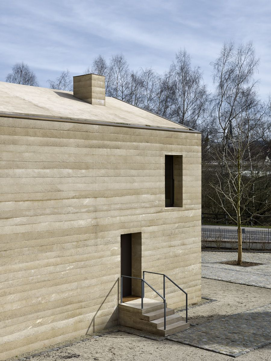 Fassade Und Dach Aus Stampfbeton Architecture Arquitectura