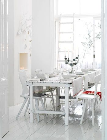 I wish for an-all-white living room