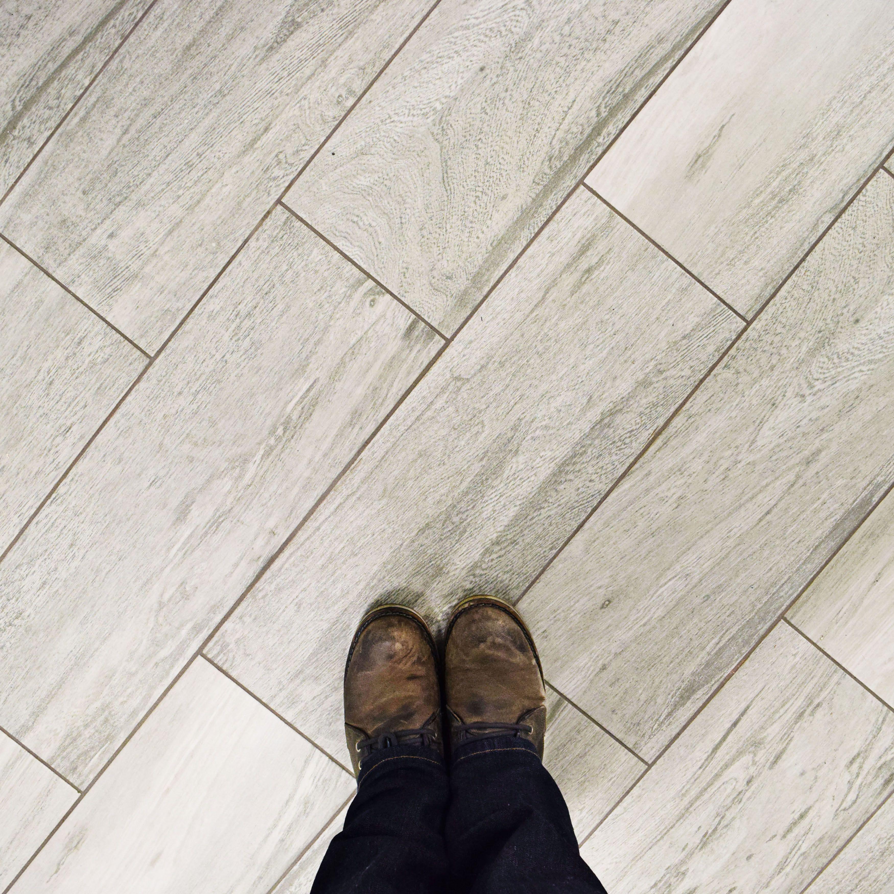 """EliteTile Sebastian 23.63"""" x 7.88"""" Ceramic Field Tile in Gray"""