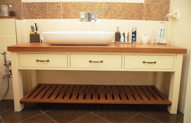 Benoist Reclaimed Wood Vanity Mirror: חדרי אמבטיה כפריים - Google Search