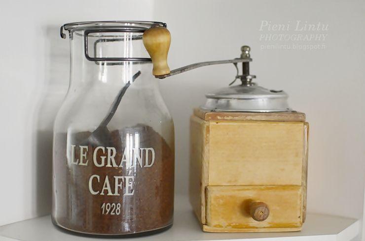 Coffee jar