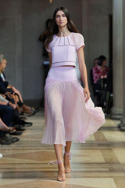 Carolina Herrera at New York Fashion Week Spring 2016 - Livingly