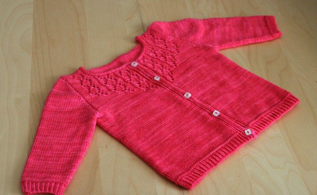 bb2db754adf72 modèle tricot gilet fille gratuit