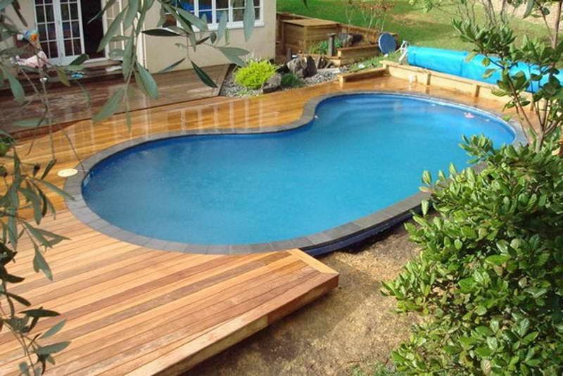 Semi inground pool landscaping ideas swimming pool decks for In ground pool ideas