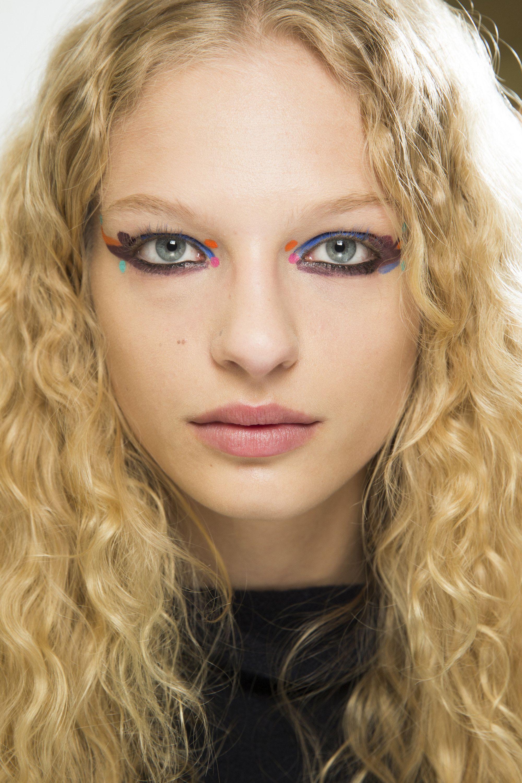 Fendi Fall 2016 ReadytoWear Fashion Show Макияж