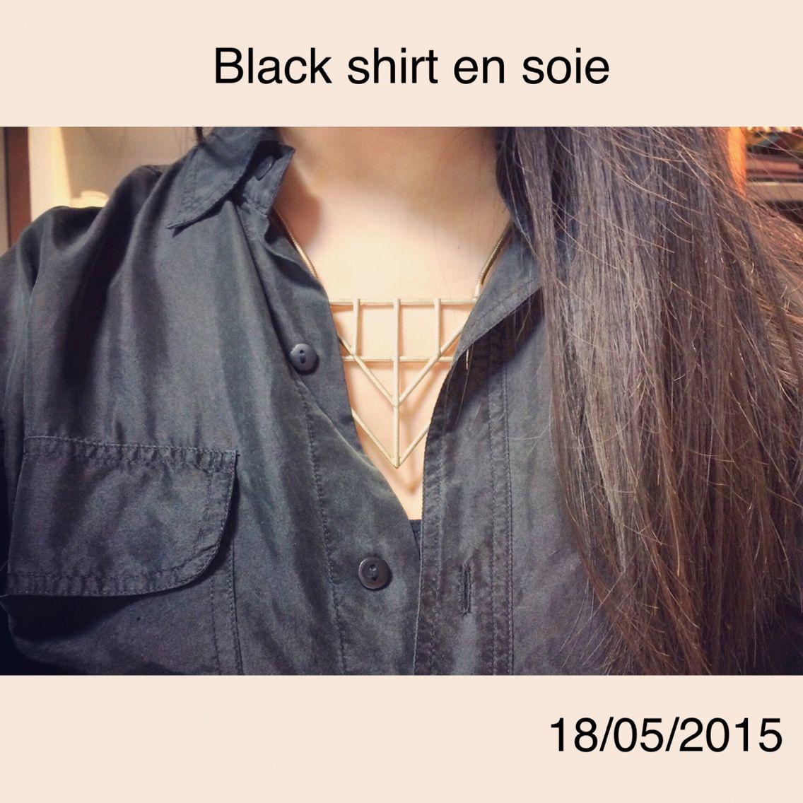 Black shirt en soie