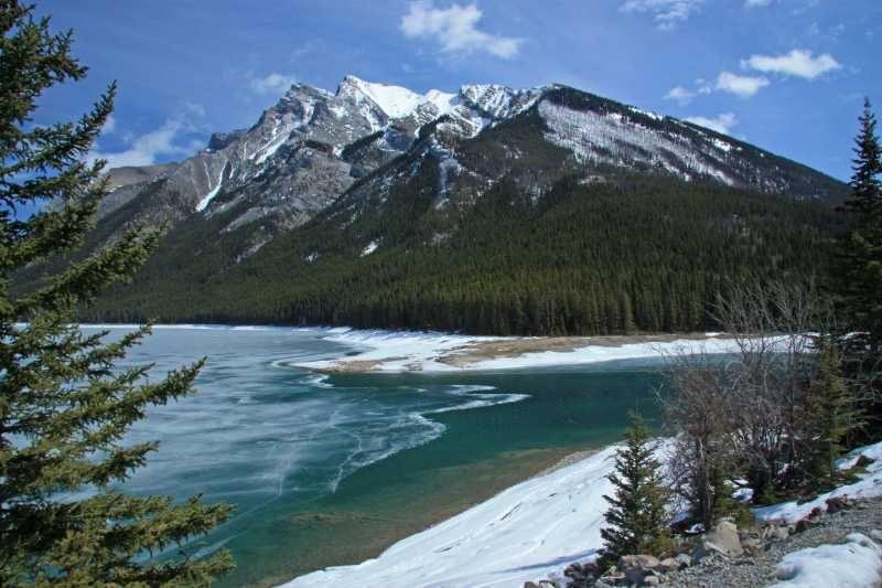 enjoy a picturesque view on an #alaskancruise near #canada