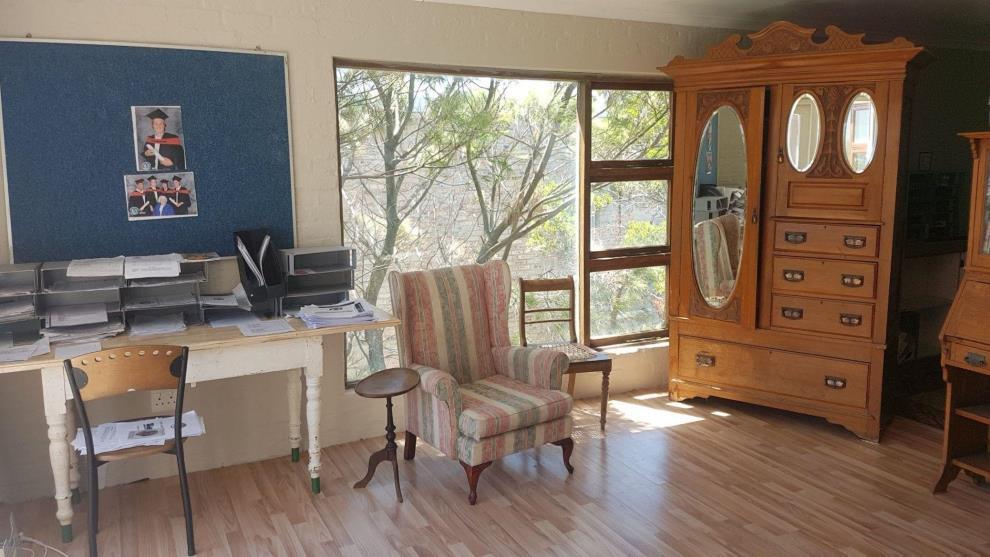 6 Bedroom House for sale in Pringle Bay P24108075174